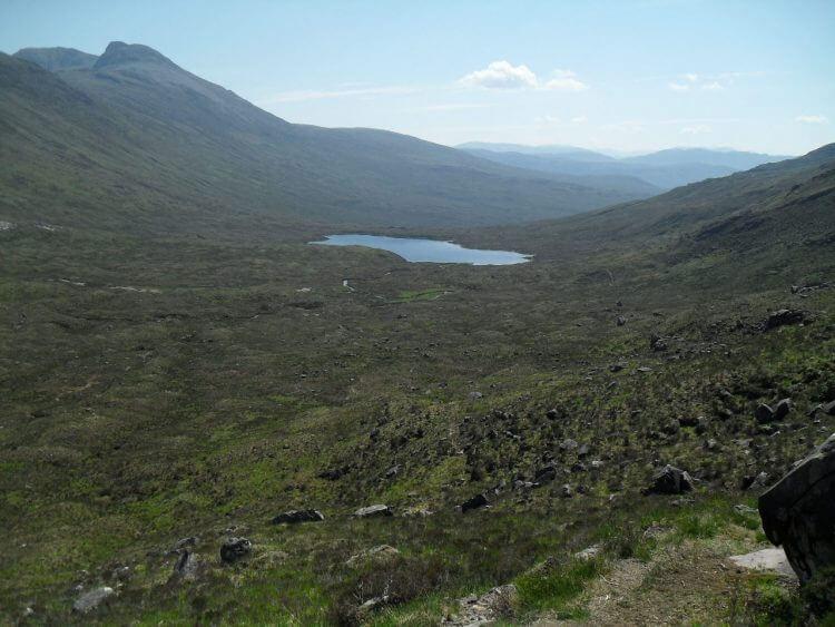 Blick zurück zum Loch Coire Fionnaraich