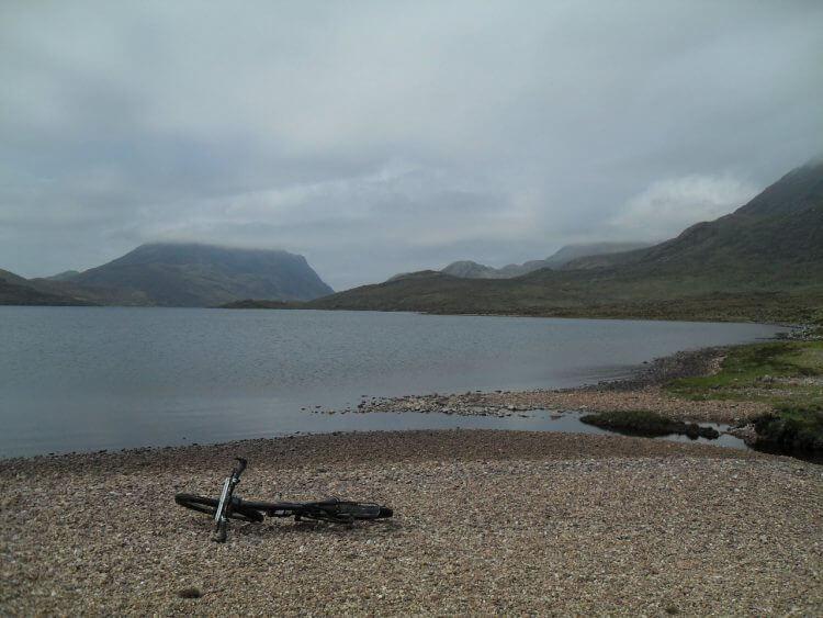 The banks of Lochan Fada