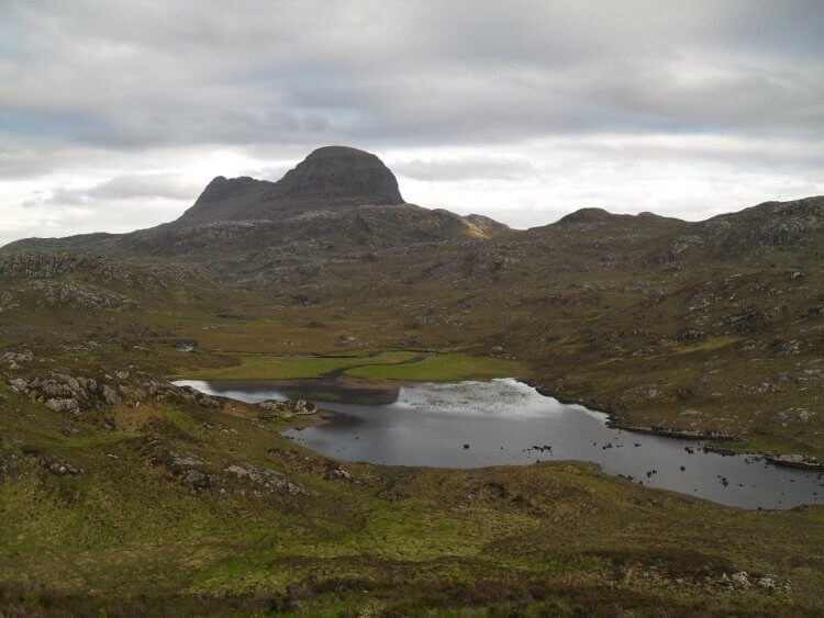 "<small>""...blaw tae that place ye ken...""</small> <br/><br/> Loch na h'Airigh Fraoich und Suilven"