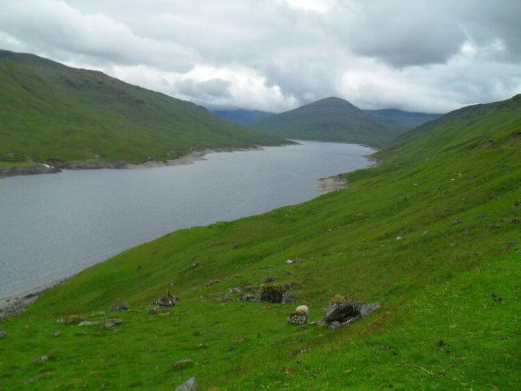 Blick zurück<br/>Loch Lyon ist lang, aber sonst recht unspektakulär