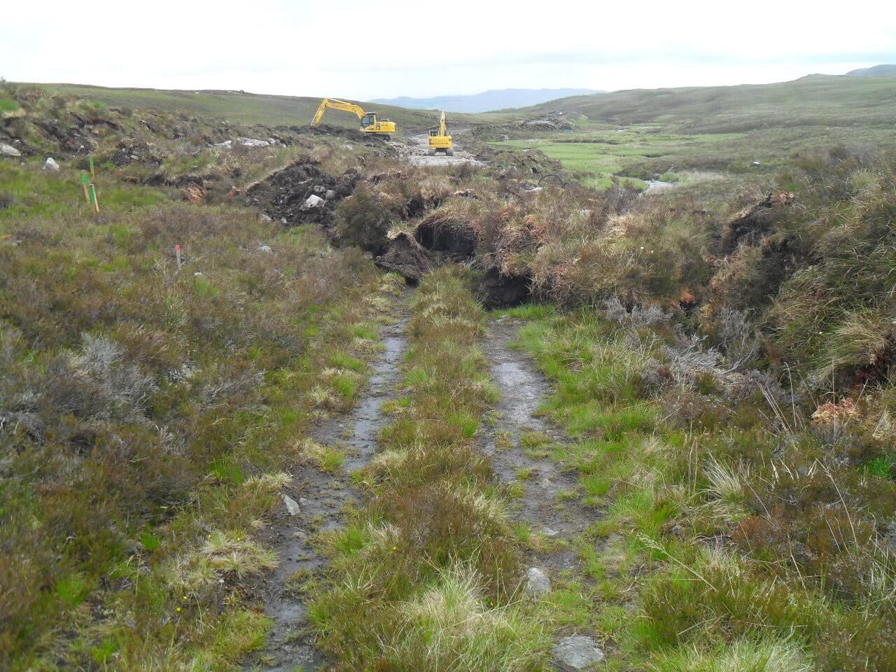 Der Trail endet abrupt. In den Highlands wird zur Zeit viel gebaut, entweder Windräder, Wasserleitungen oder Stromleitungen