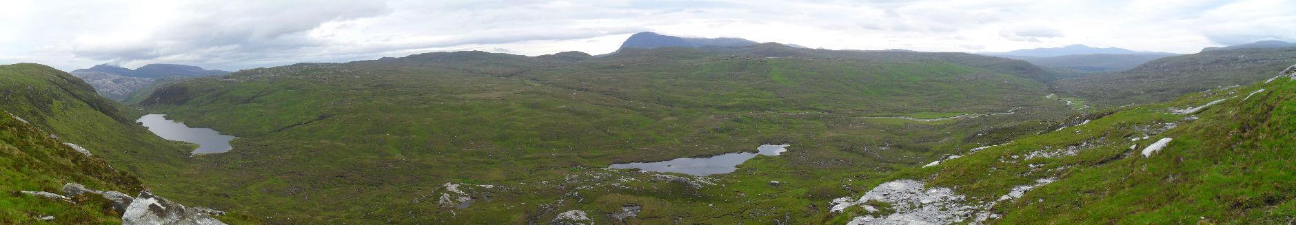 Noch weiter oben hat man einen tollen Blick auf das obere Glen Golly. Leider sind Panoramafotos nie so beeindruckend wie die Wirklichkeit